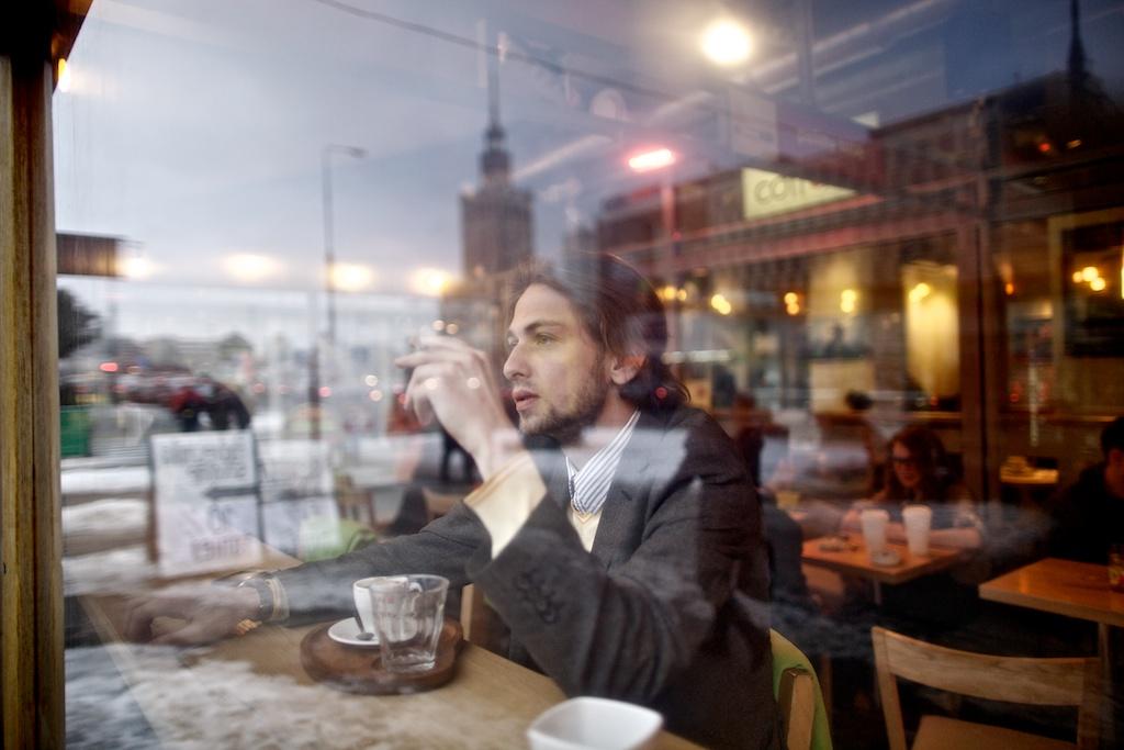Andrzej Palys, konsthistoriker och gallerist i Warszawa. Foto: Radoslaw Jozwiak
